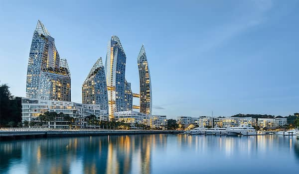 The Reef Developer - Reflections At Keppel bay